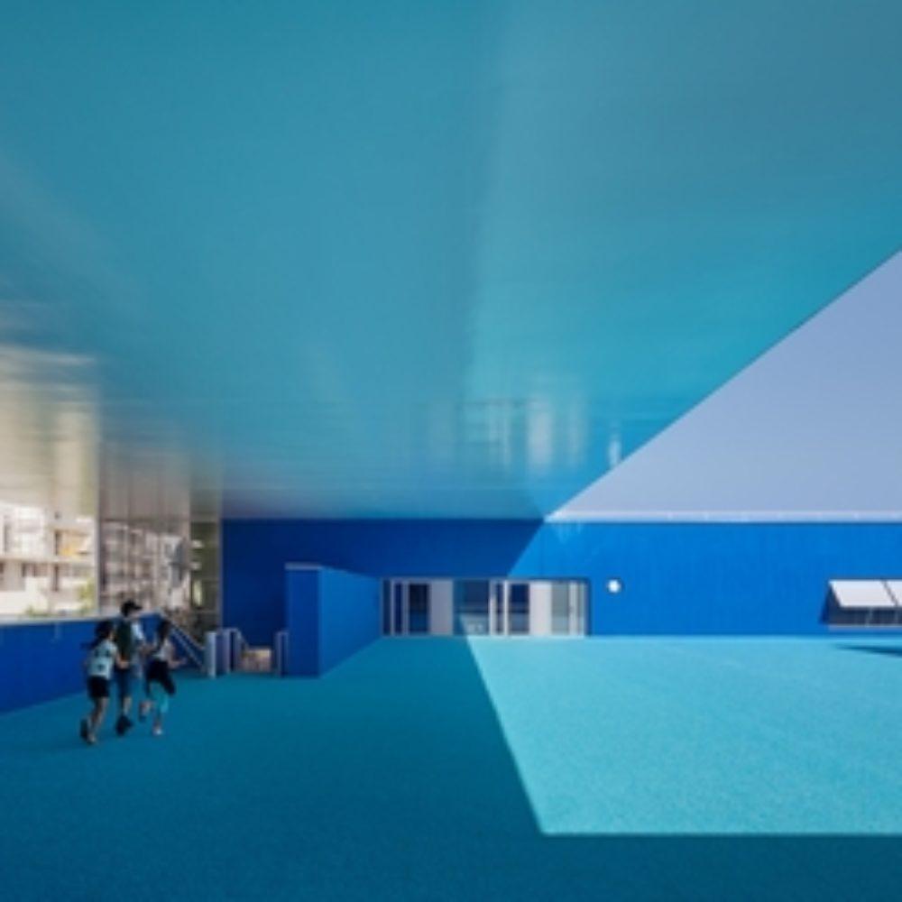 """Neue Horizonte für die Kinder von Vaulx-en-Velin:  Die """"Blaue Schule"""" von Dominique Coulon"""