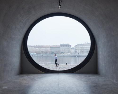 Von Verliesen zum Vergnügen: die Revitalisierung der Prager Uferarchitektur von Petr Janda
