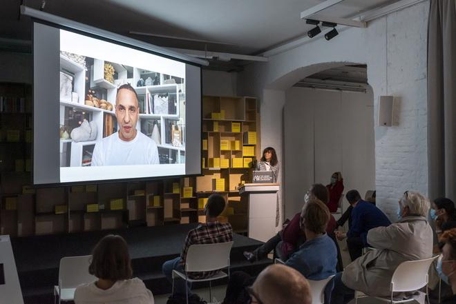 Omer Arbel und Kristin Freireiss Ausstellung Aedes Eröffnung