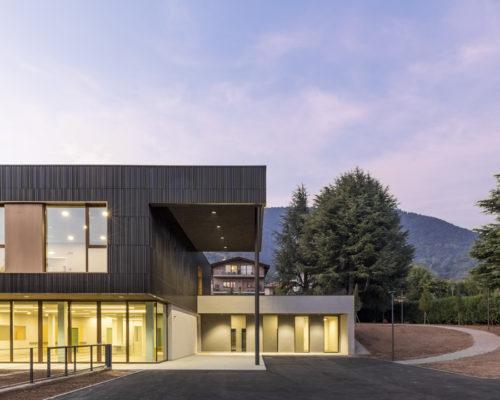 Von diffus zu differenziert: Multi-Service-Pflegezentrum von Studio Capitanio