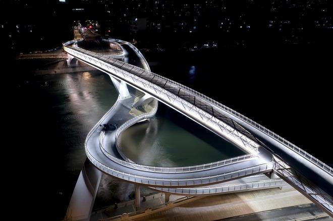 Wuchazi Bridge by Sichuan Provincial Architectural Design & Research